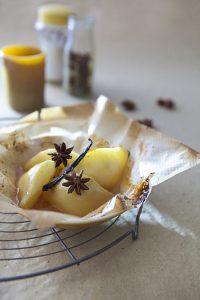 Papillote de poire à la vanille et badiane
