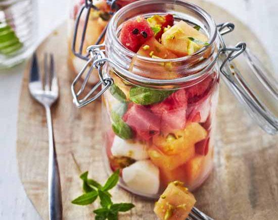 Salade de melon, pastèque, menthe et mozza
