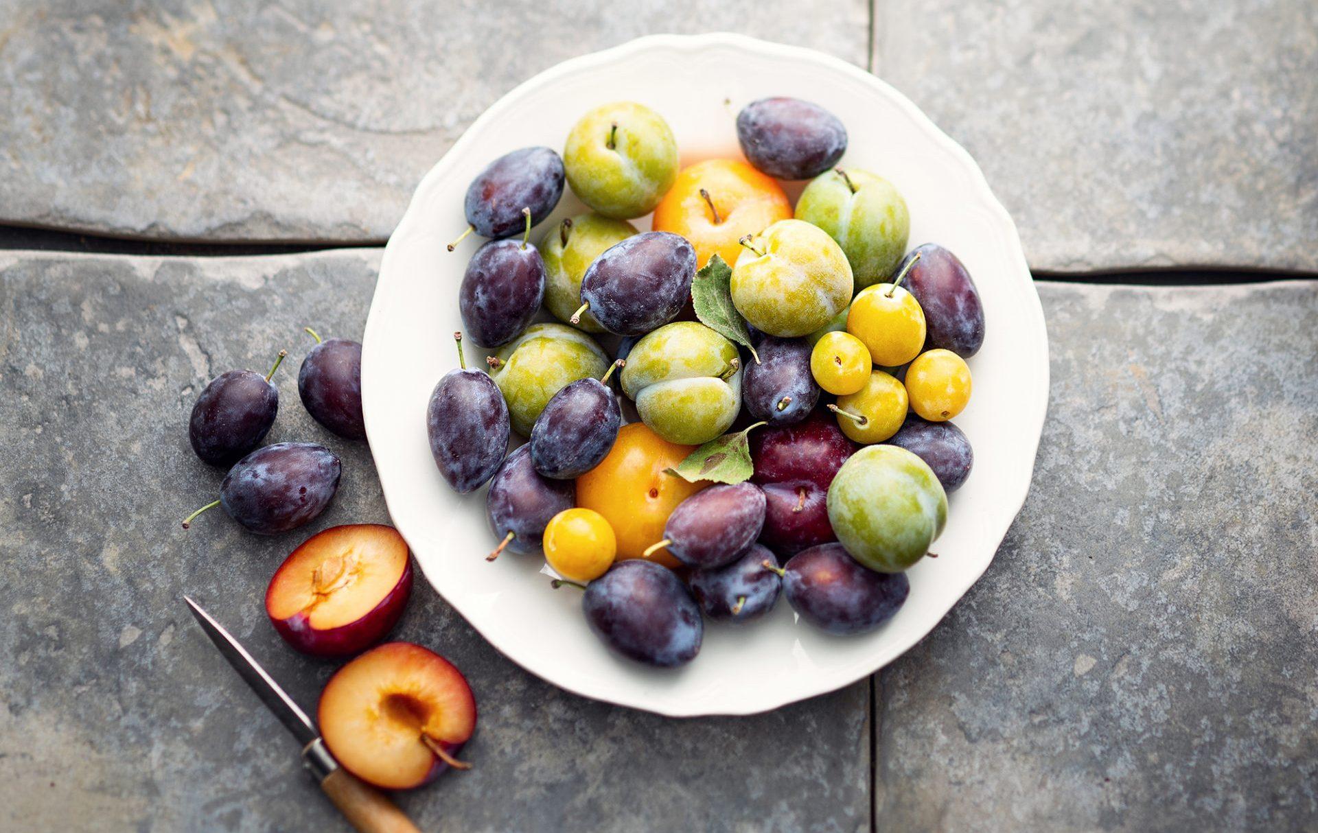 Différentes variétés de prunes