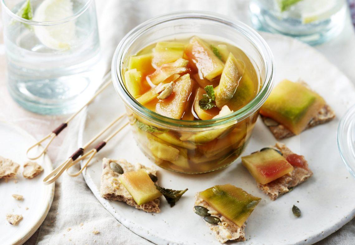 Pickles de peau de melon et pastèque, cardamome, menthe
