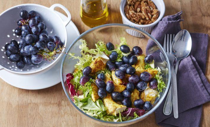 Salade de poulet épicé, raisin et noix - Etape 3